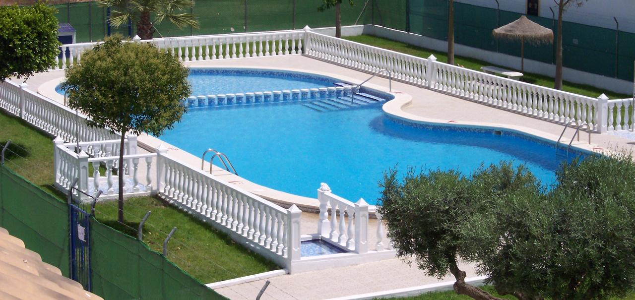 Holiday rental jardin del mar torrevieja in jardin del mar for Apart hotel jardin del mar