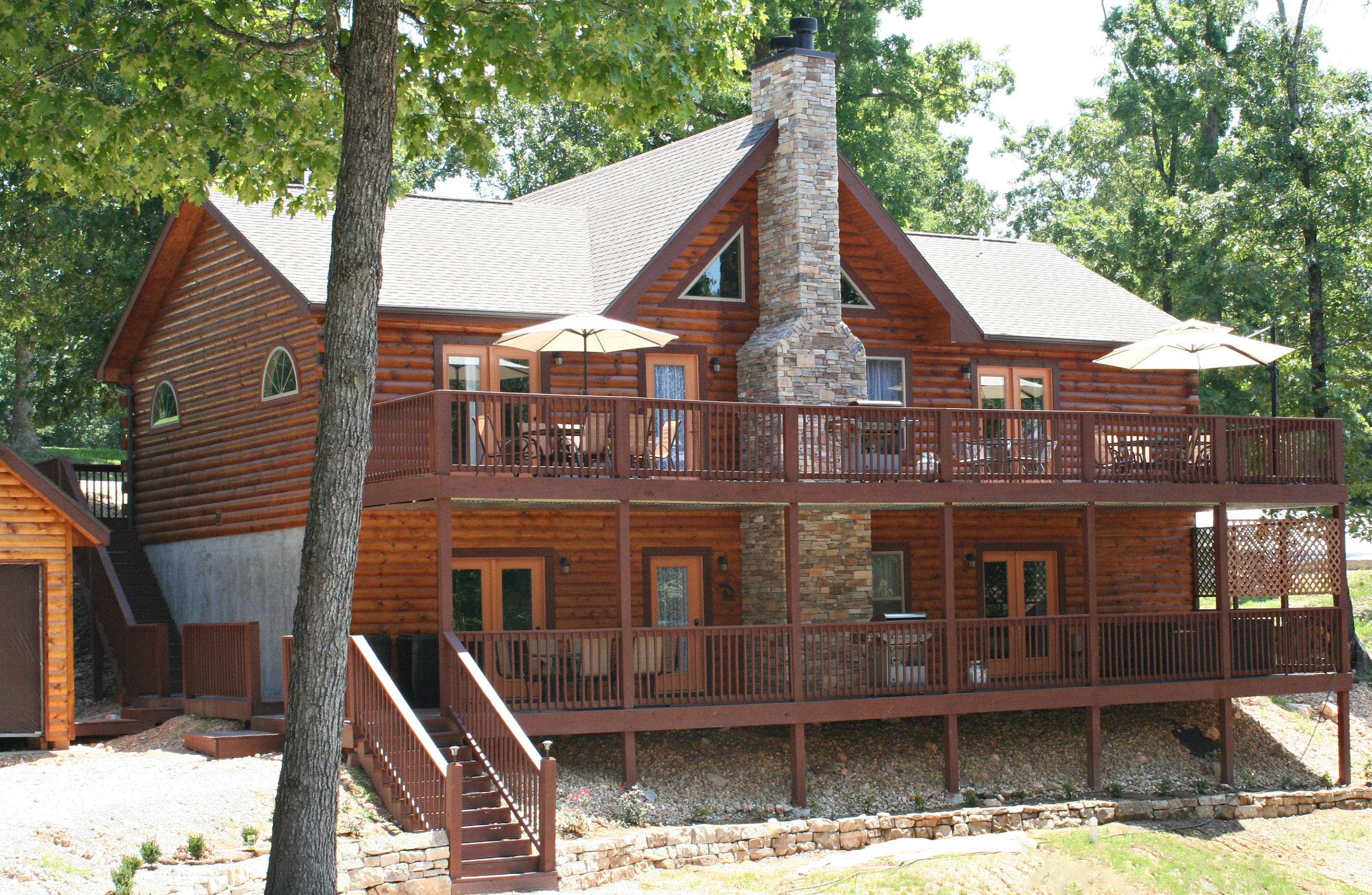 near water mo dollar table in boat lake dock friendly lodging silver rock the cabins on branson rent with pet rentals city for cabin ste